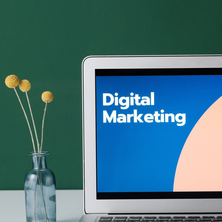 What is Digital Marketing Strategy in Hindi